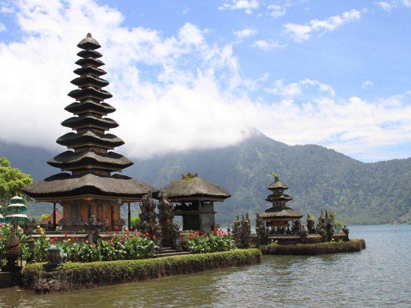 [ID01] INDONESIA – BALI 3D/2N, Uluwatu, Mt.Batur Volcano, Kintamani Village,  Garuda Wisnu Kencana Cultural Park, Ubud Handicraft Village