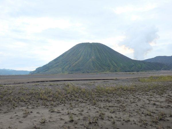 INDONESIA – SURABAYA 4D/3N – Bromo Tengger Semeru National Park, Mount Bromo Volcano Crater, Malang City & Batu Town