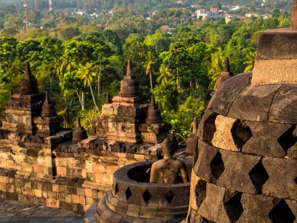 INDONESIA – YOGYAKARTA 4D/3N, Borobudur Sunrise, UNESCO Prambanan, Candi Mendut, Ullen Sentalu, Parangtritis Beach Sunset
